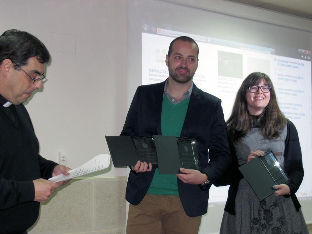alumnos-escuela-madrileña-decoracion-recogen-premio-rally