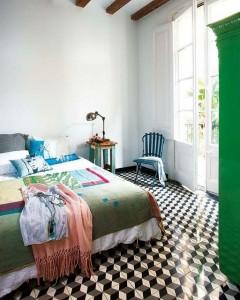 baldosa hidráulica dormitorio