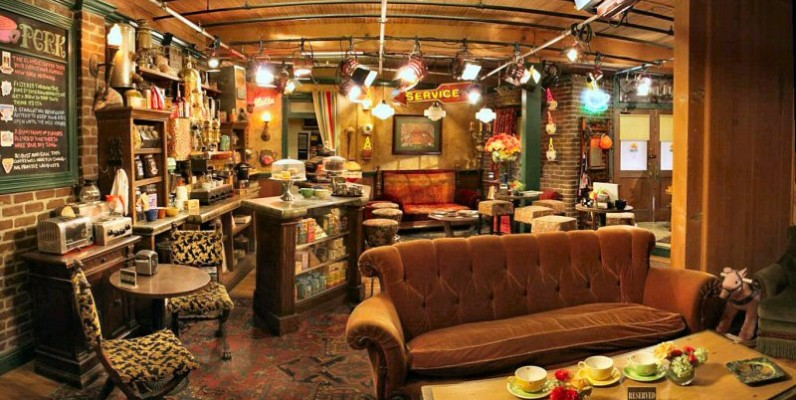 Friends central perk home style escuela madrileña decoración esmadeco