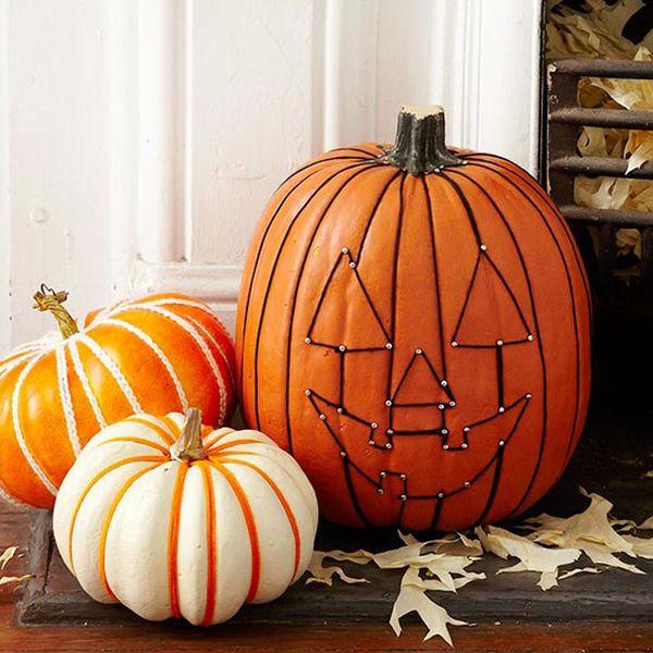 decoracion en otoño calabazas talladas
