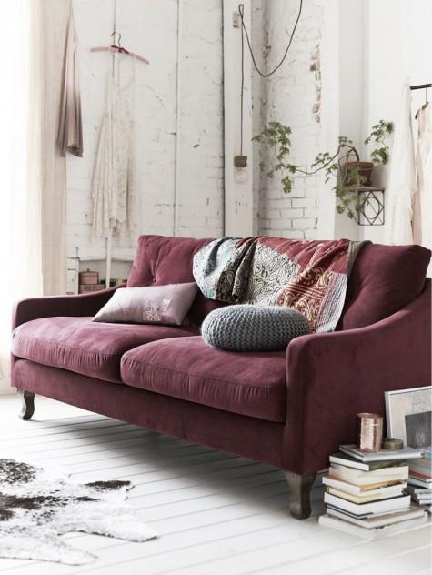 sofa en marsala
