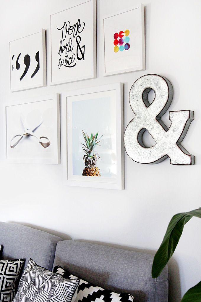 decoración con piñas en cuadros