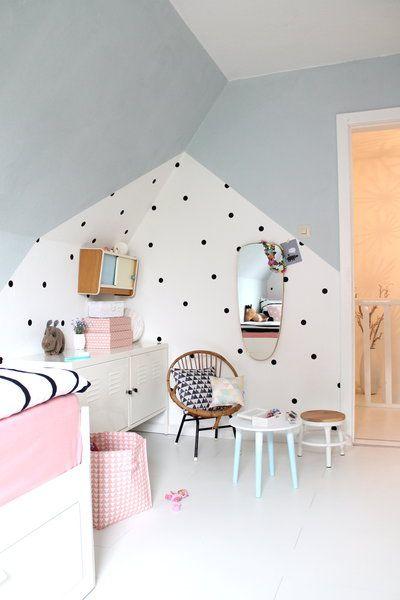 decorar paredes con lunares