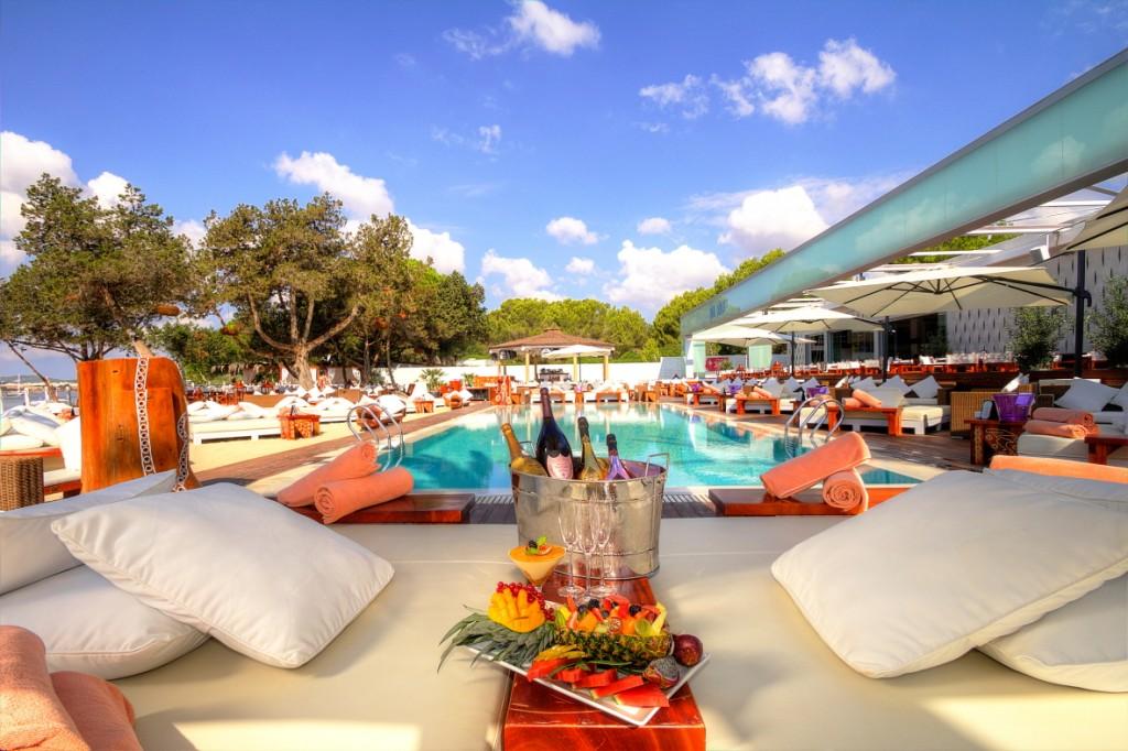 terrazas de diseño Nikki Beach Ibiza