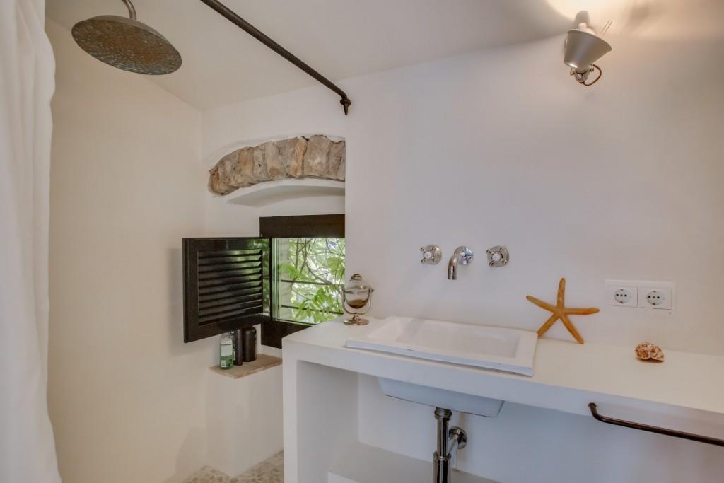 baño casa de lujo gerona
